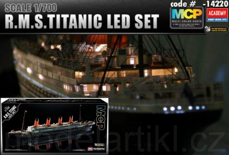 R.M.S. Titanic + Led Set (Multi Color Parts) 002/14220