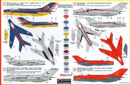 Mikojan-Gurjevič MiG-19S Farmer-C Aerobatics
